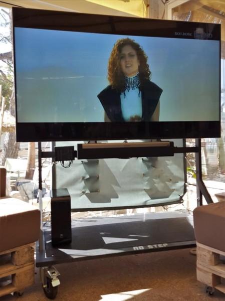 BRUTAGE / TV PAGUERA TV Rollwagen
